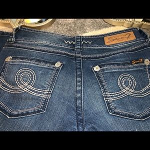 Seven Jeans Skinny Slight Distressed Size 27
